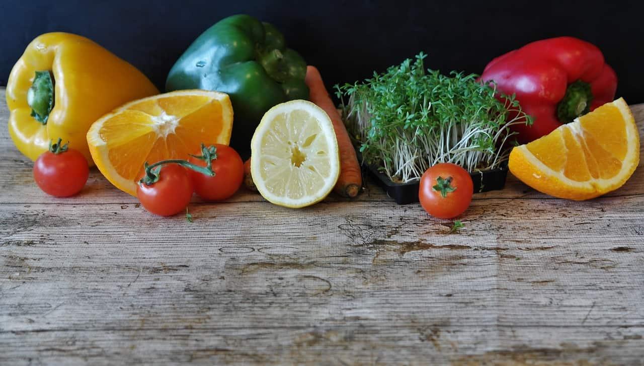 fruits-and-veggies-raw-food